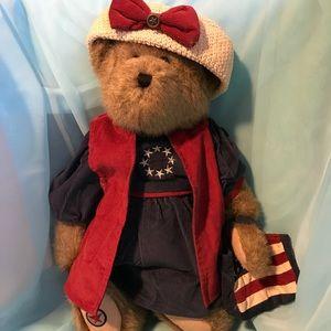 Boyd's Plush Bear Liza Glory bear